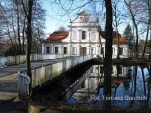 Kościół na wodzie. Fot. Tomasz Gaudnik